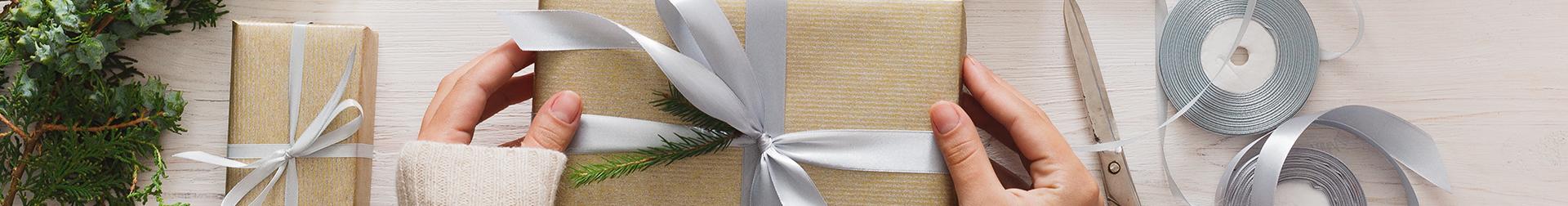 Gift Sets   Buy Best Gift Sets For Women   Aromacraze.com