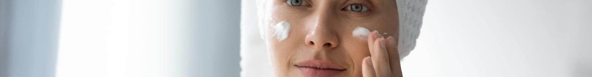 Makeup Products   Buy Best Face Primer Online   AromaCraze