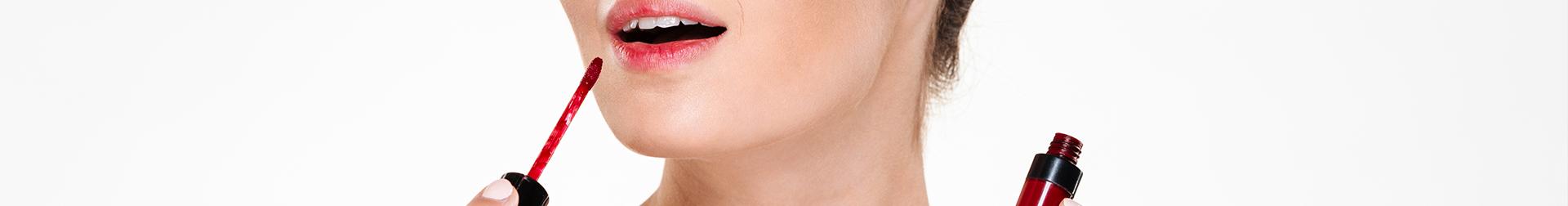 Makeup Lip Products   Buy Lip Gloss Online   AromaCraze