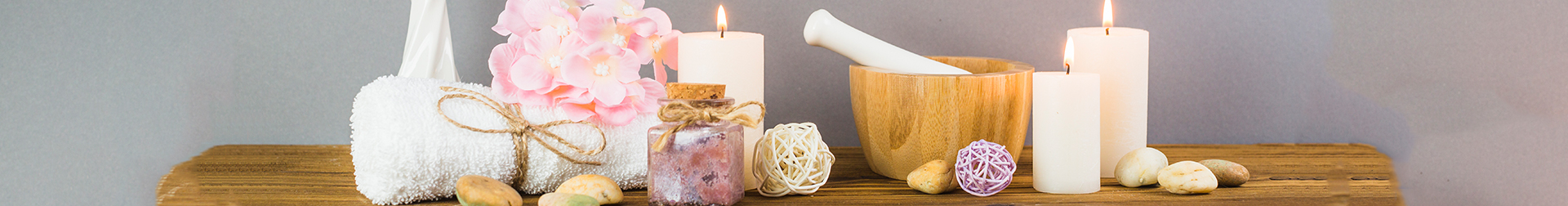 Candles | Candles -Buy Scented & Colourful Candle Online  | AromaCraze