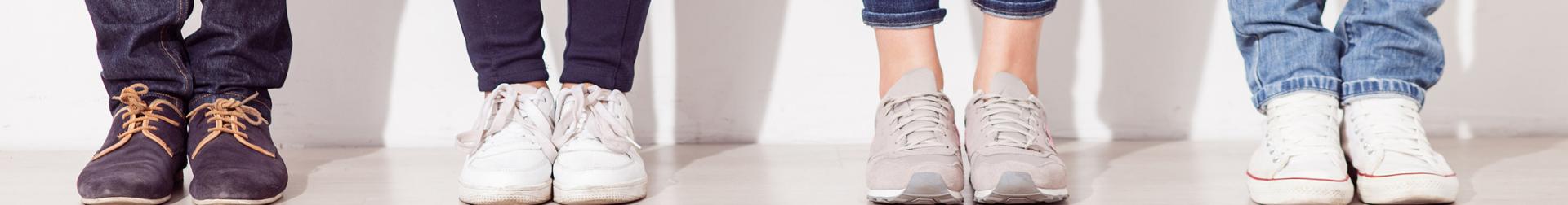 Footwear   Buy Footwear for Men, Women and Kids Online   AromaCraze
